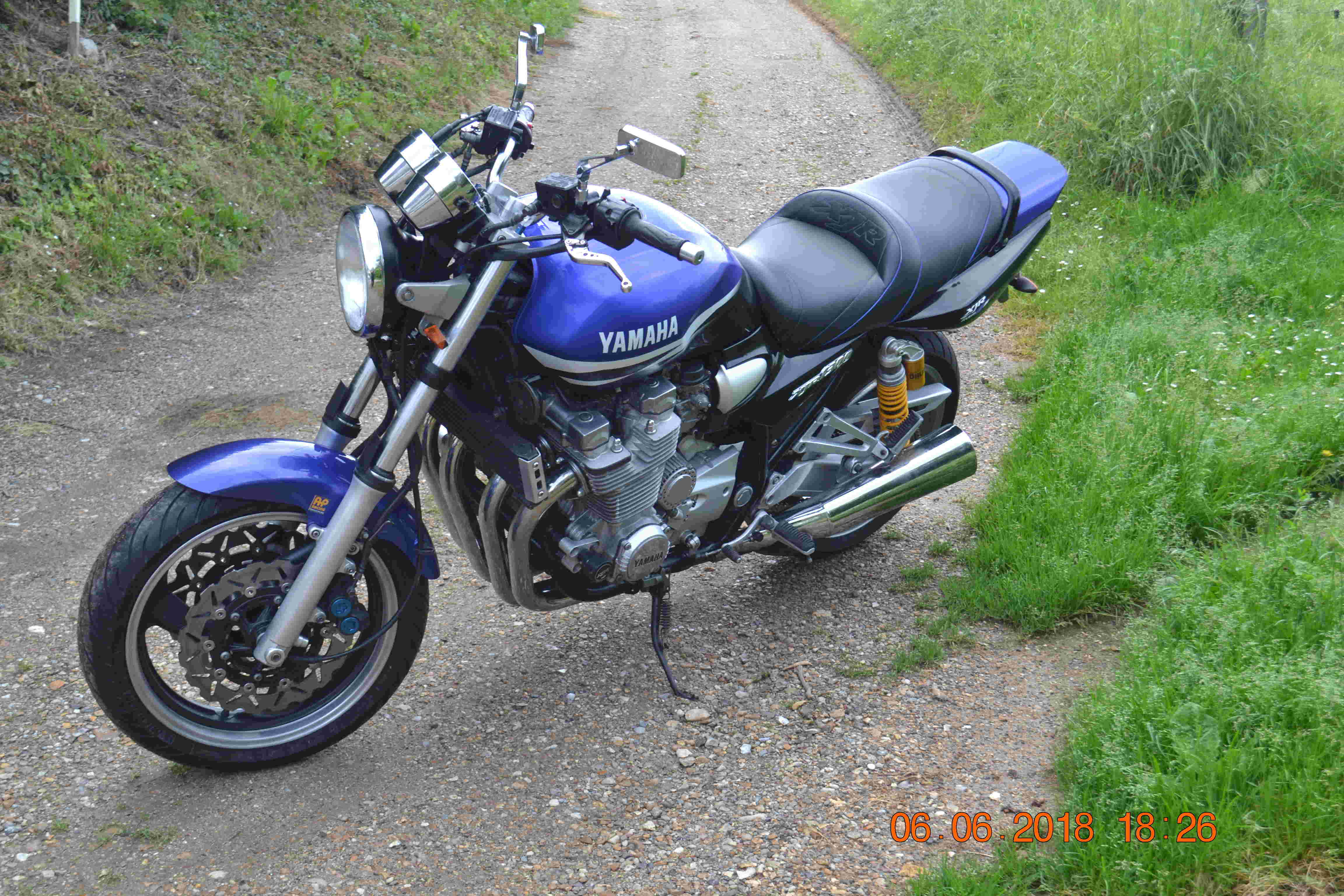1300 xjr modele 2002 bleue Vendue Dsc_0151