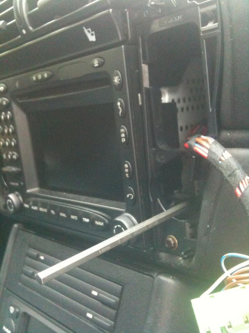 Démontage du PCM 2 et réparation du tiroir carte SIM Img_0113