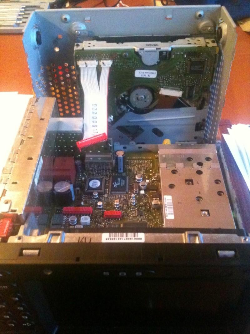 Démontage du PCM 2 et réparation du tiroir carte SIM Img_0211