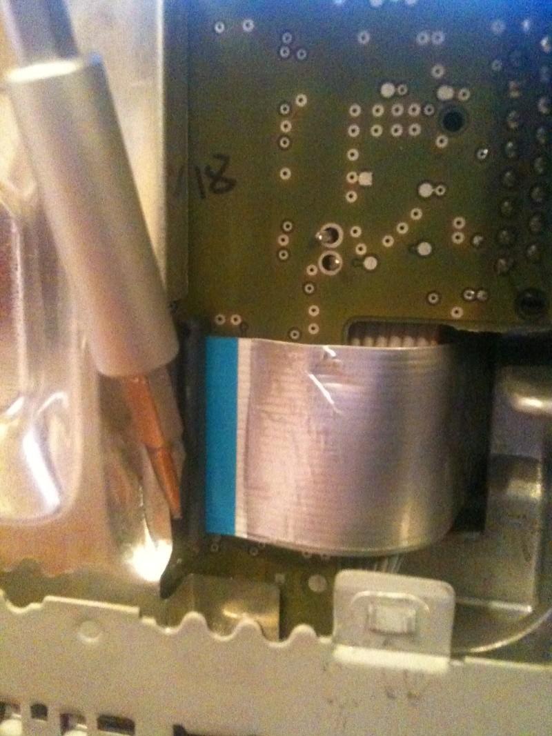 Démontage du PCM 2 et réparation du tiroir carte SIM Img_0214