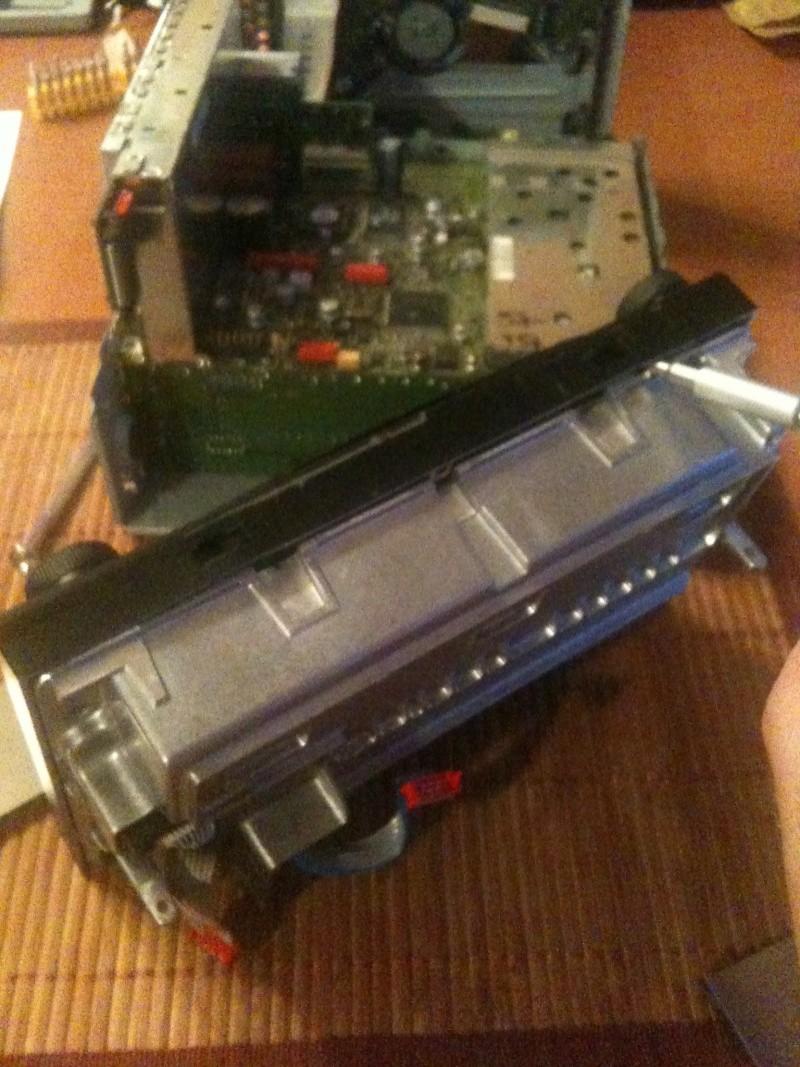Démontage du PCM 2 et réparation du tiroir carte SIM Img_0216
