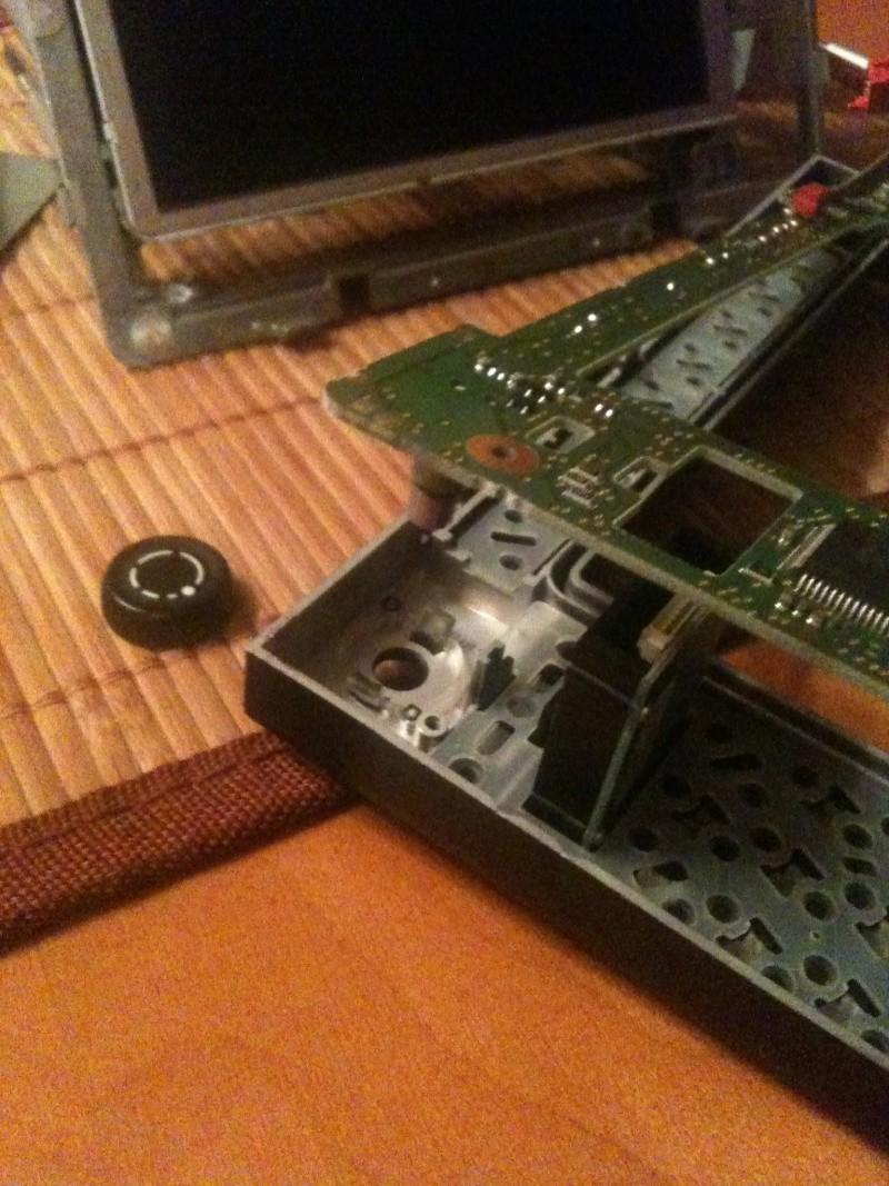 Démontage du PCM 2 et réparation du tiroir carte SIM Img_0218
