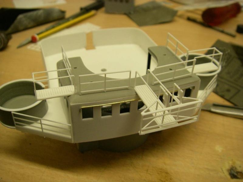 Bau der Bismarck in 1:100  - Seite 17 Imgp1135