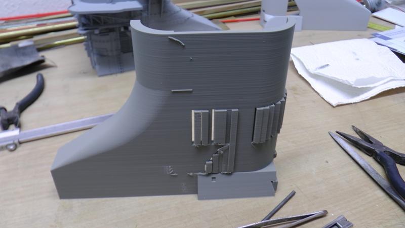 Bismarck 1:100 nur die Aufbauten  - Seite 18 S1310011