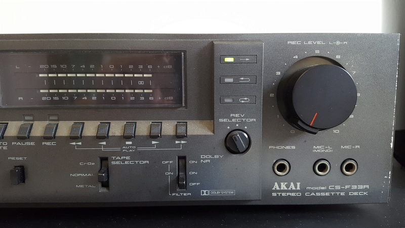 Akai Cassette player CS-F33R 20171117