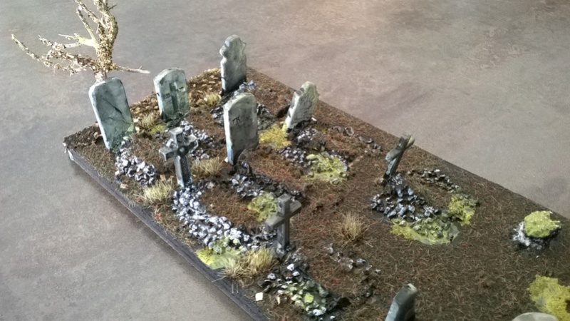 Le cimetière v1 28mm Wp_20137