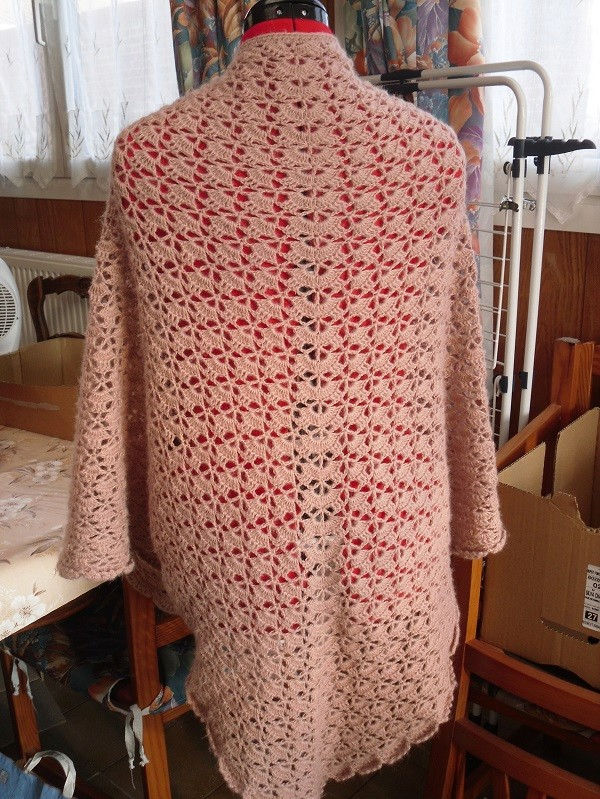 une blouse et un châle chez Endora - MAJ 13-07-18 Sdc15125