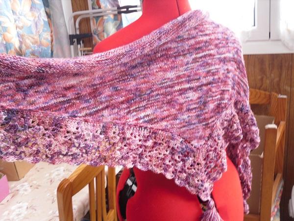 une blouse et un châle chez Endora - MAJ 13-07-18 - Page 2 Sdc15178