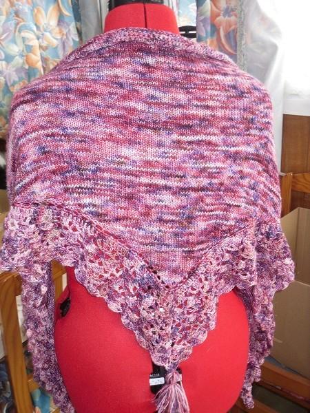une blouse et un châle chez Endora - MAJ 13-07-18 - Page 2 Sdc15179