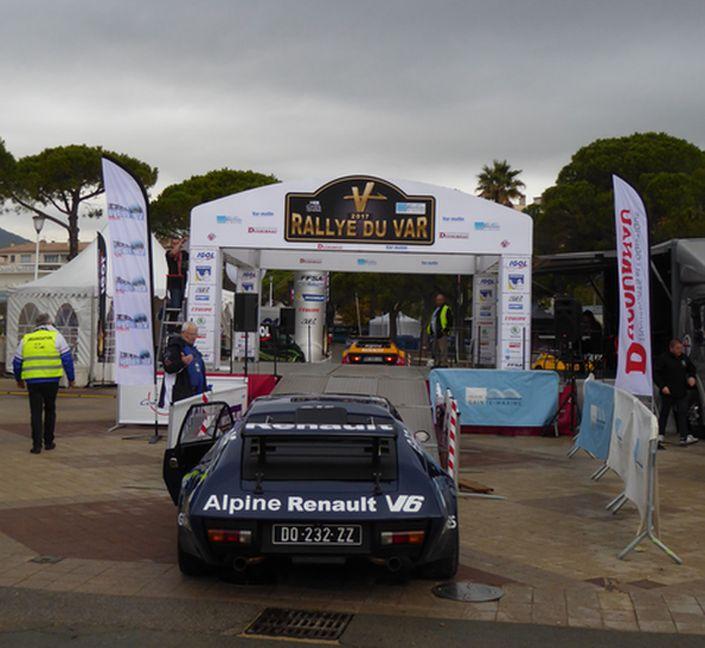 Au rallye du Var on a fêté les 40 ans de la victoire Alpine  P1050611