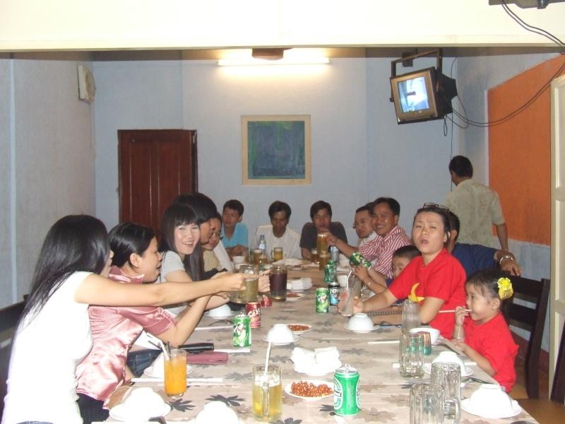 Hình ảnh tăng 1, tăng 2 và tăng 3 buổi họp lớp 2009 (tiếp theo) Dscf7123