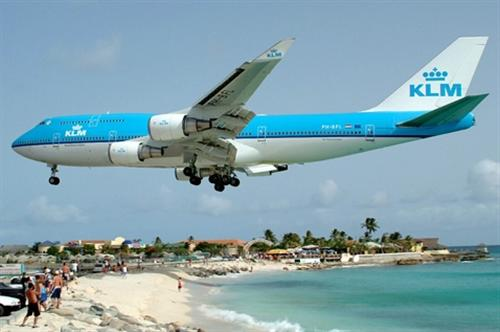 أخطر مطار في العالم Images20