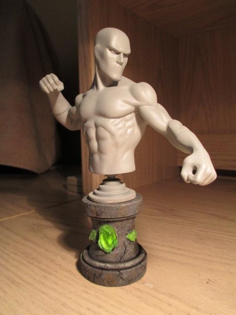 La liste idéale des bustes Marvel de 'Redwing' 2zpjom10