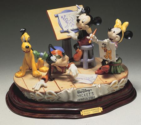 [Collection] Disney Capodimonte Sculptures Twdc-110