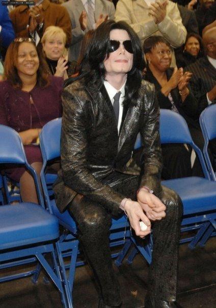 Foto di Michael con abiti eleganti Abito_11