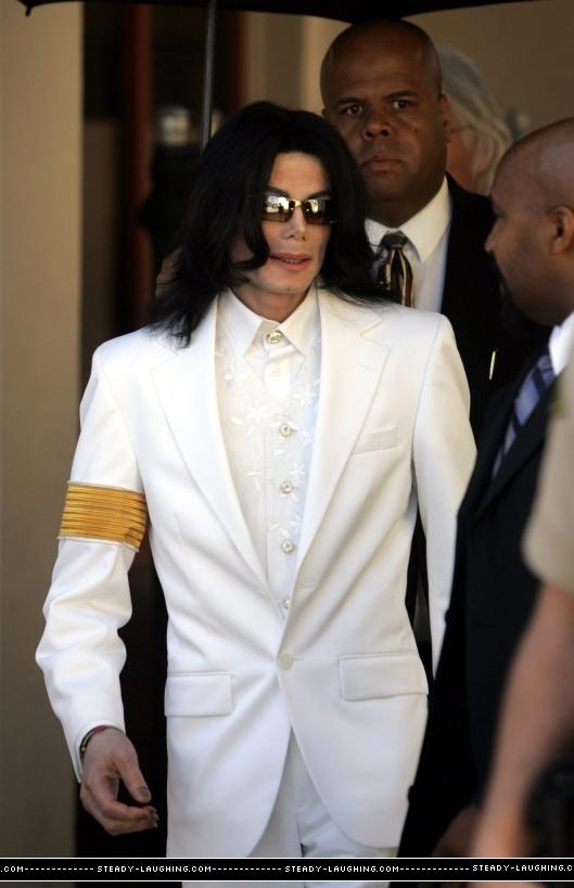 Foto di Michael con abiti eleganti Giacca12