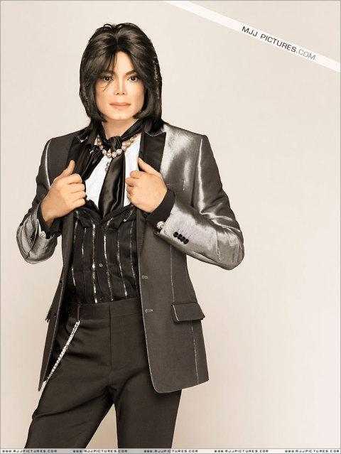 Foto di Michael con abiti eleganti - Pagina 2 Mj_ele11