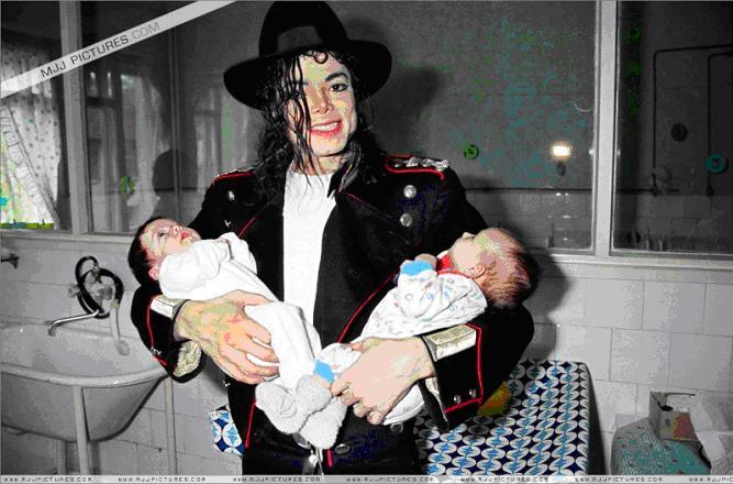 Trovata la causa dell'insonnia di Michael la notte prima di morire - Pagina 2 Mj_neo12