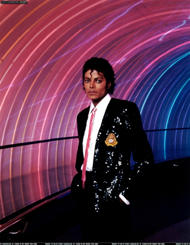 Foto di Michael con abiti eleganti Nero_b10