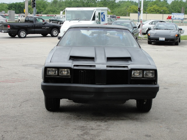 Got the hood/bumpers on!! Dsc00410
