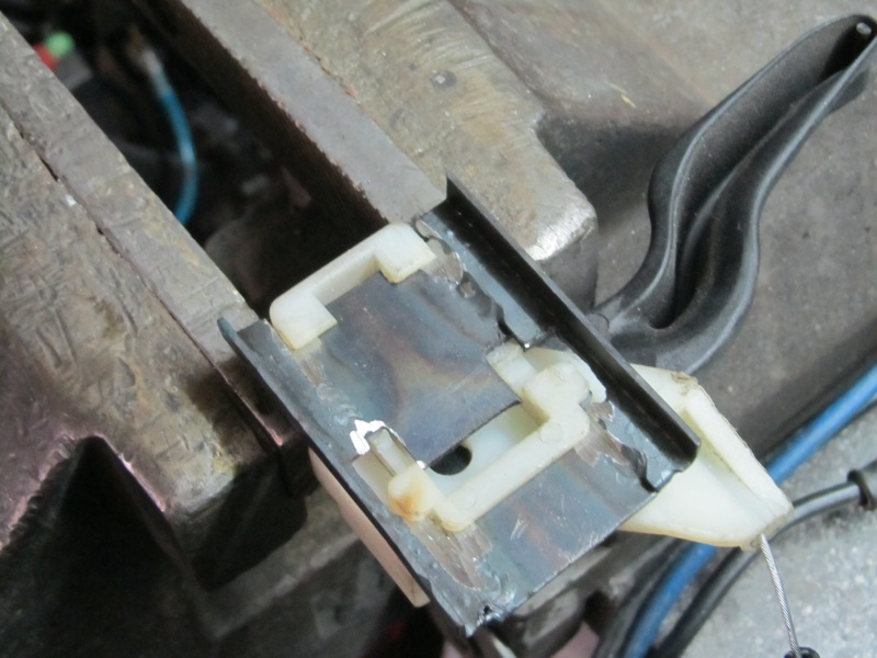 Bauarbeiten am Ascona *** Update 2011 - Käfig , Leder..*** - Seite 10 Img_4757