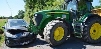 Allemagne   Il n'ira plus à l'école en tracteur  Images11