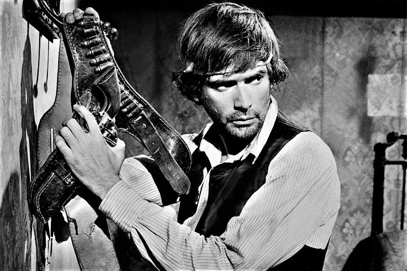 Tire encore si tu peux! - Se sei vivo spara - 1967 - Giulio Questi - Page 2 Django10