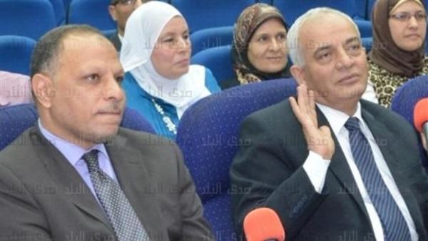 عاجل - شوقى  يختار «حجازي» رئيسا لامتحانات الثانوية2018 و«عبد الحكم» نائبا له Y12