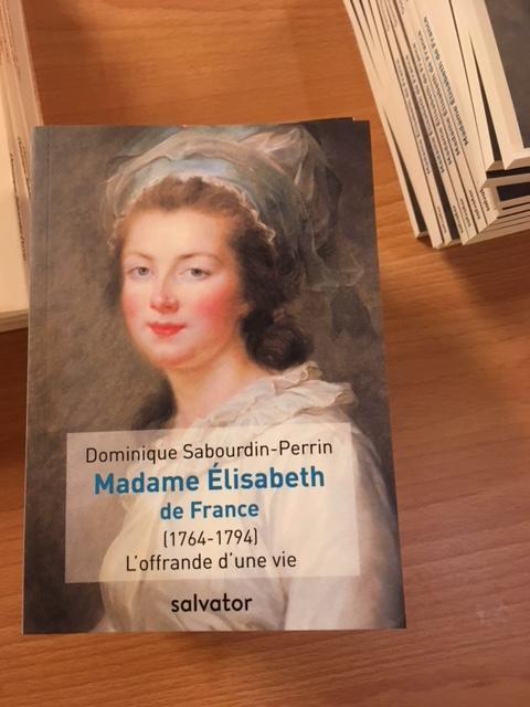 """Madame Elisabeth,  """" en marche """" vers la béatification Img_1312"""