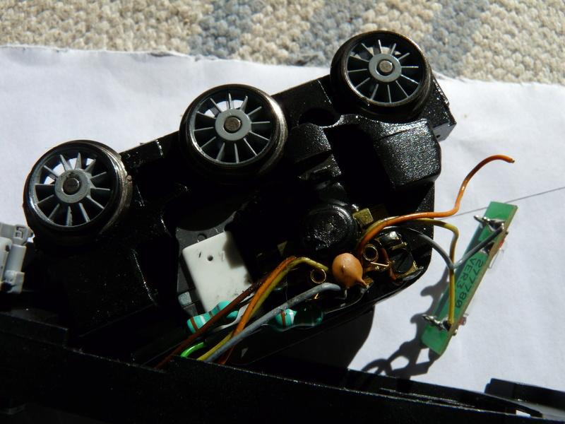 2 décodeurs grillés ? - Page 3 P1120013