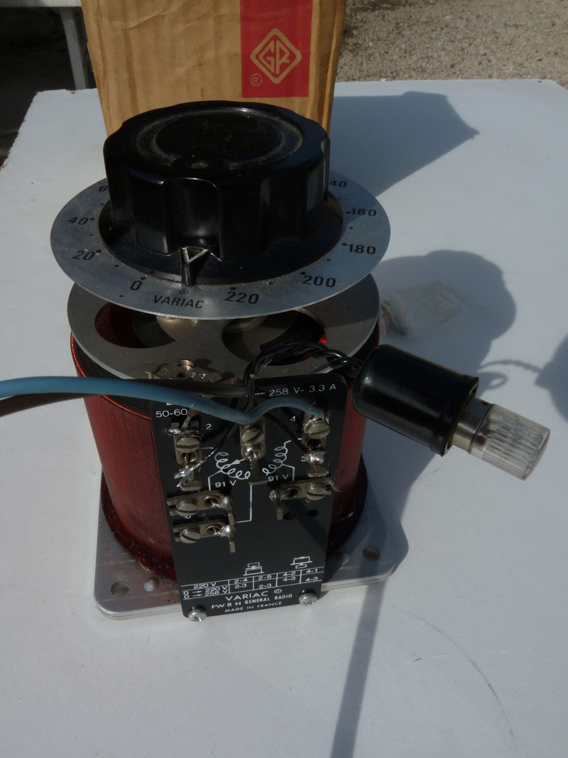 2 décodeurs grillés ? - Page 7 P1120420