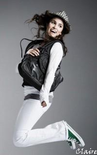 Claire Launet (: Claire12