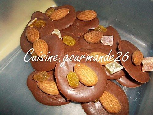 chocolat - Mendiants au chocolat et aux fruits secs Mendia10