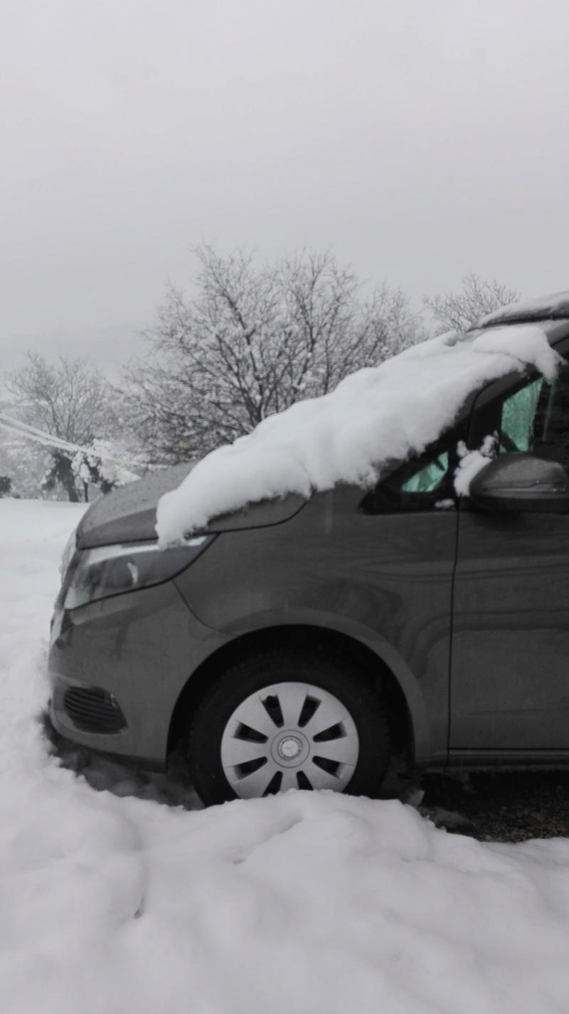 Episode neigeux dans le sud-est Img_2011