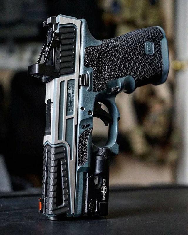 Les guns que j'aimerais avoir  Modif_12