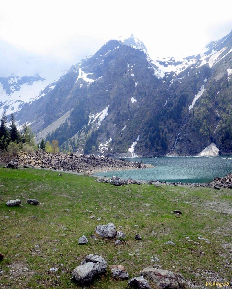 Le lac Lauvitel, lac de montagne version 2018 0121