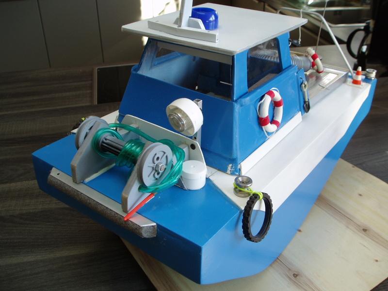 petit bateau pousseur springer P1010027