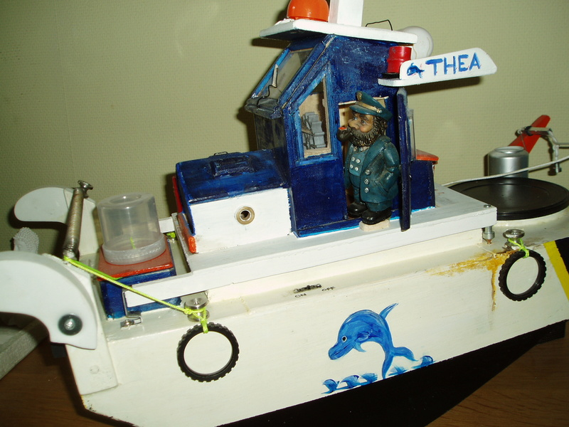 petit bateau pousseur springer P1010029