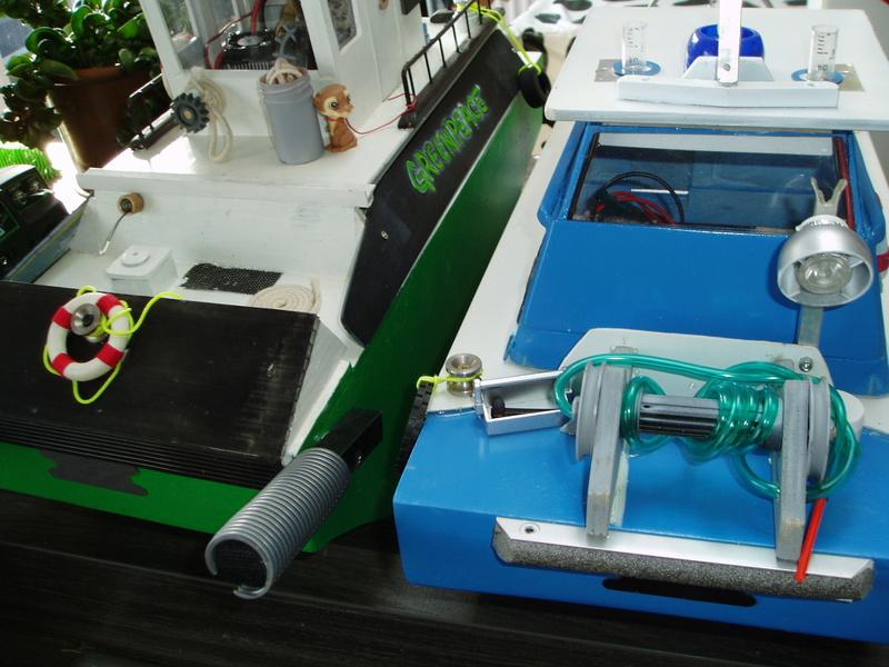 petit bateau pousseur springer P1010030