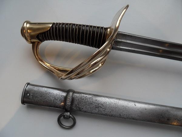 Le sabre de Carabiniers mod 1854 Officier et Troupe sous la IIIème Rép. Sdc11615