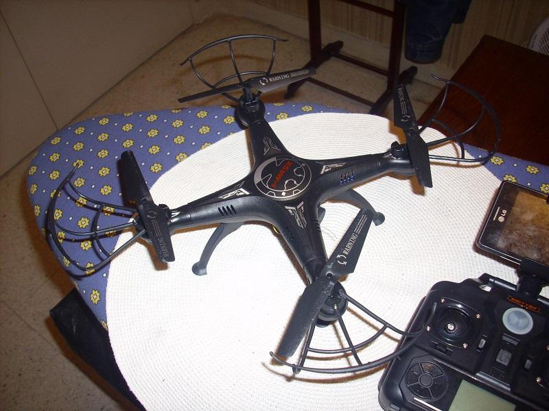 DRONE avec vidéo WIFI 3 caméras Dsci0115
