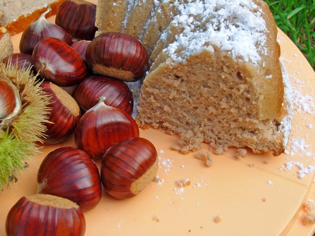 Ciambella con Castagne ..... Soffice e Deliziosa!!!  Tortac13