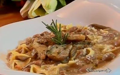 Pasta e Fagioli con Funghi di Cotto e Mangiato , Ricetta fotografata su www.ricettegustose.it Zuppa-10