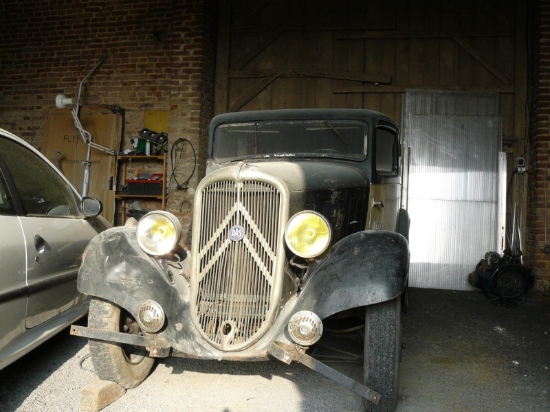 Cherche de l'aide pour Rosalie 10BL 1934: calandre, aile P1050110