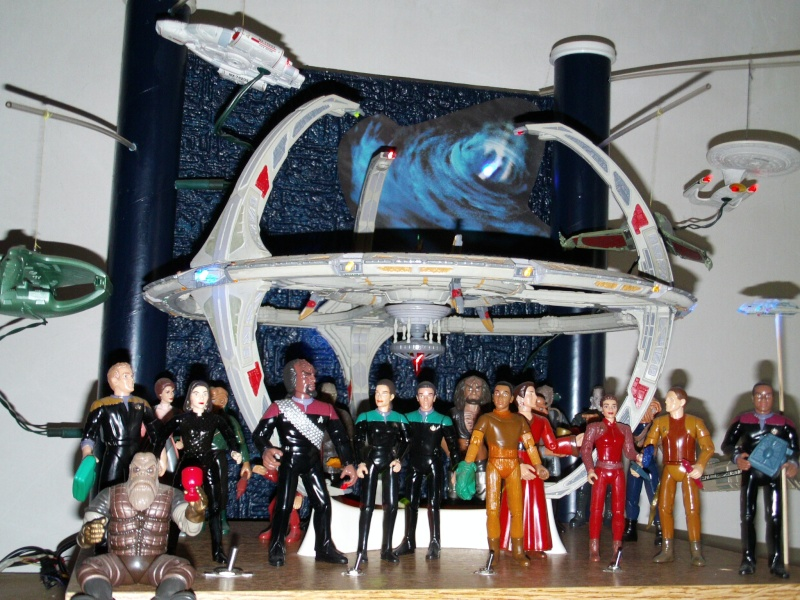 Display Station Bajorane DS9 File0032