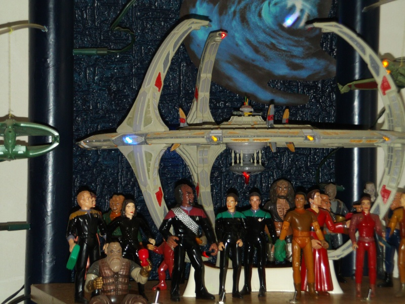 Display Station Bajorane DS9 File0043