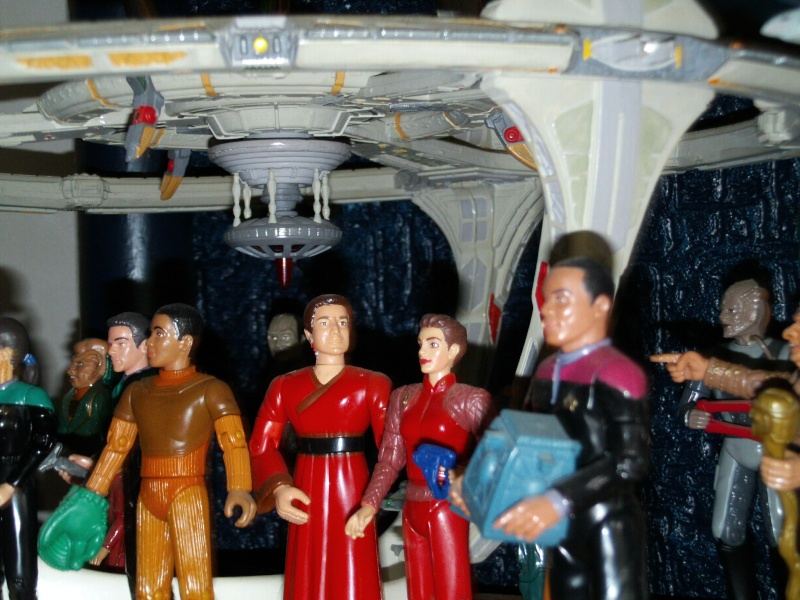Display Station Bajorane DS9 File0051
