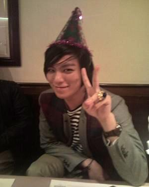 Joyeux anniversaire à Dongseng Chi-chan!!!!!!!!!!!!! Bigban10