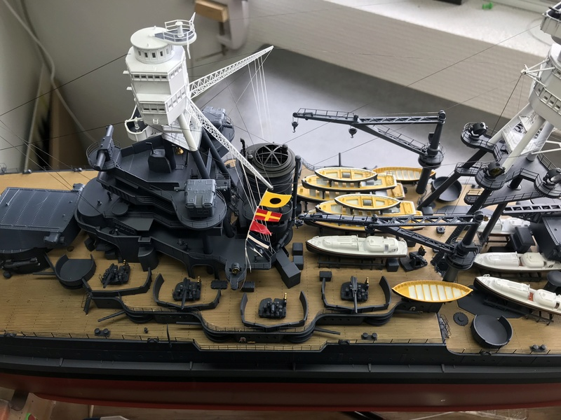 USS ARIZONA 1/200 TRUMPETER - Page 6 8vw5or10