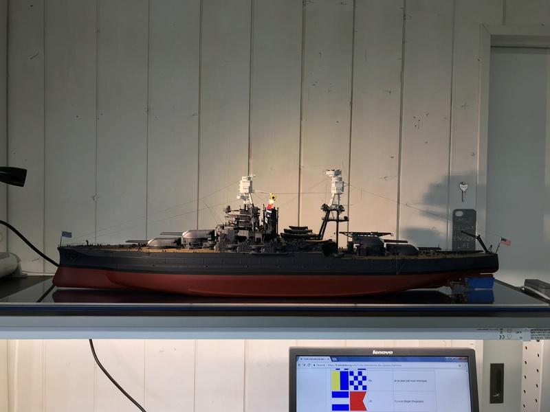 USS ARIZONA 1/200 TRUMPETER - Page 6 Fullsi14